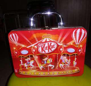 "Collectible KitKat lunch box - ""The Fair"""