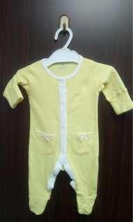 全新黃色橫間Next baby 棉質包腳夾衣(NB初生) 送平郵