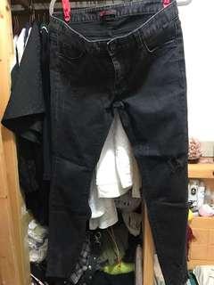 韓貨 炭灰色破爛牛仔褲