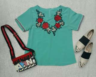 Flower embroidery mint