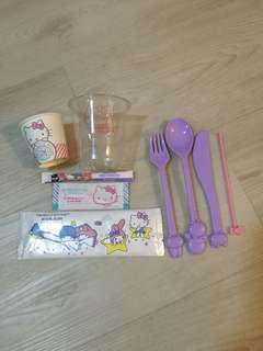 Hello Kitty set from Eva Air