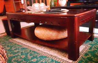Center table (free delivery: Makati, Pasig & Taguig)