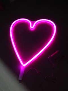 LED Neon style Heart Shape lighting decor AA Battery