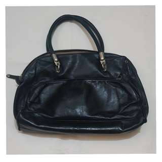 Rabeanco black leather bag