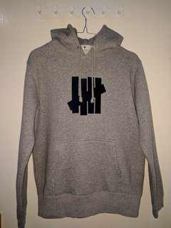 Hoodie Undefeated (Blue on grey)