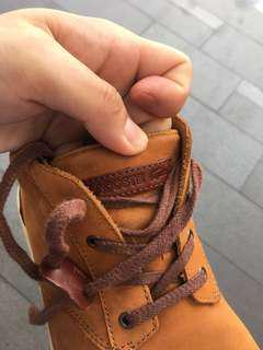 🚚 Lacoste shoe