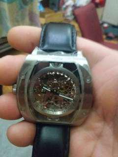 🚚 機械手錶BOSS