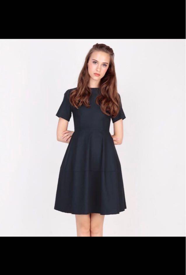 cc9f0d2ebec2b7 Afa tayla stitch hem dress navy, Women's Fashion, Clothes, Dresses ...
