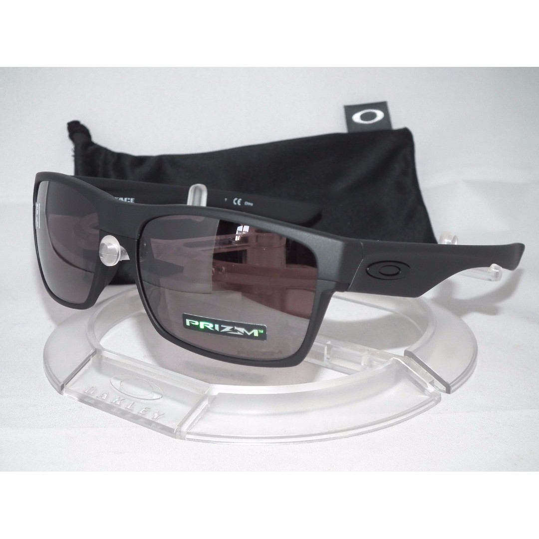 Authentic Brand New in Box Oakley Sunglasses TwoFace OO9189-26 Covert Matt  Black Prizm Daily Polarized b189038950