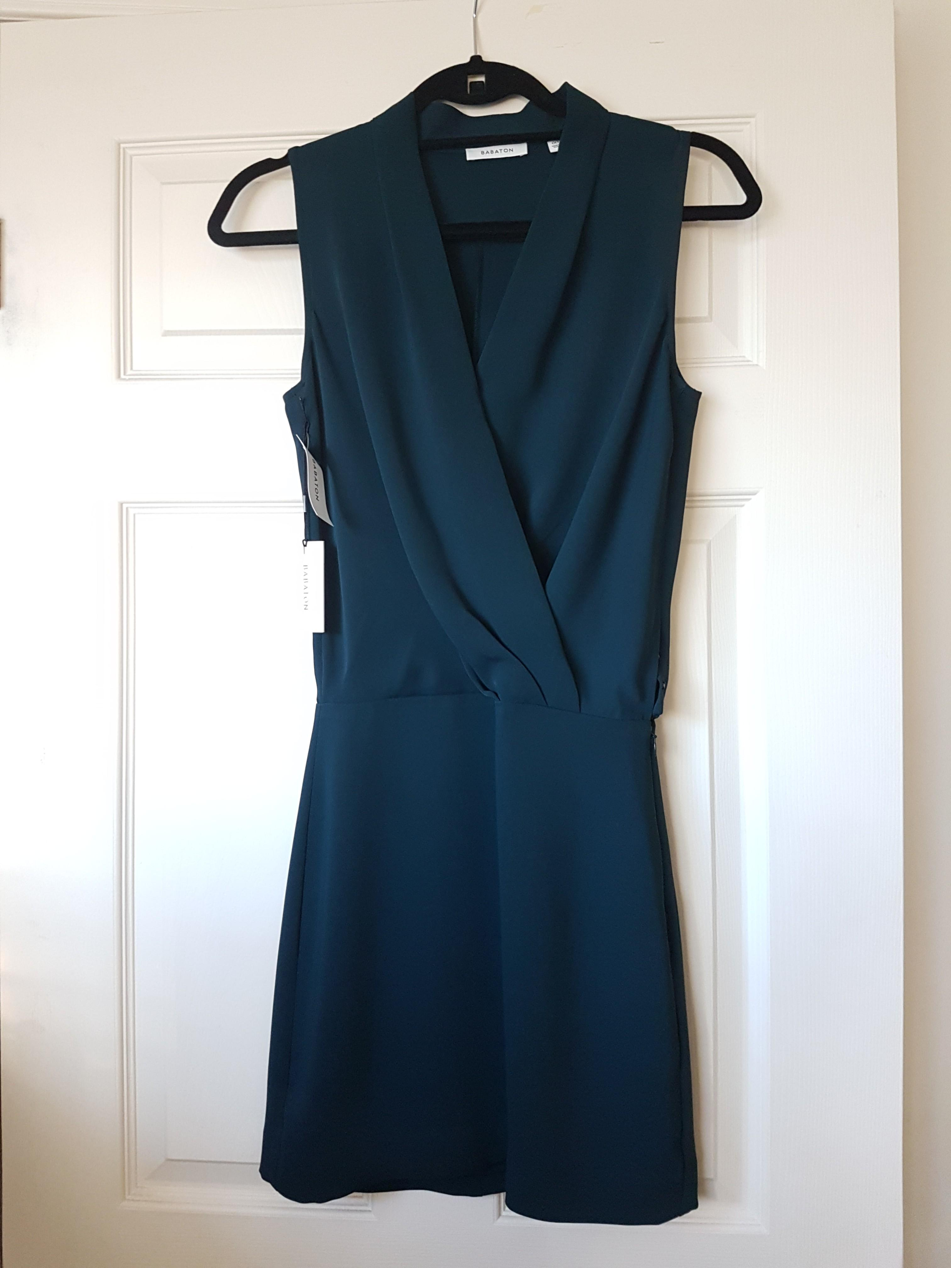 BNWT Aritzia Babaton Phoenix Dress in Everest size 00