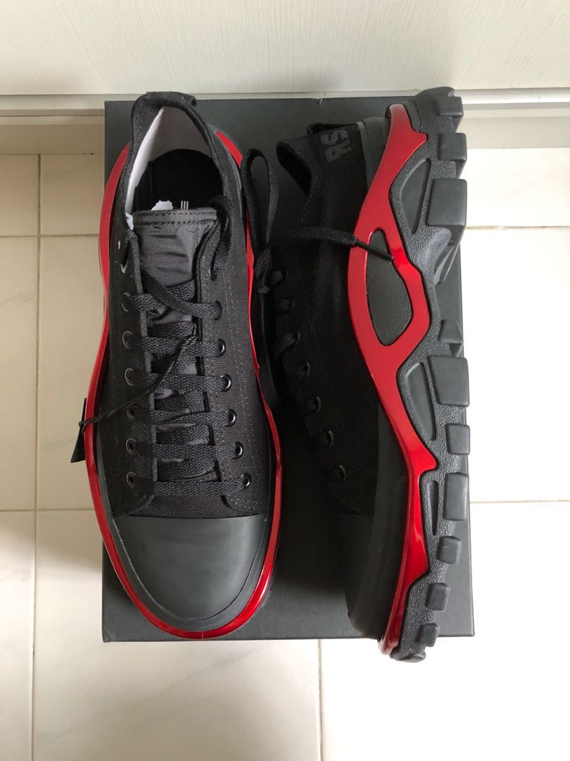 cheap for discount be617 e68a7 Raf Simons RS Detroit Runner Sneakers, Mens Fashion, Footwear, Sneakers on  Carousell
