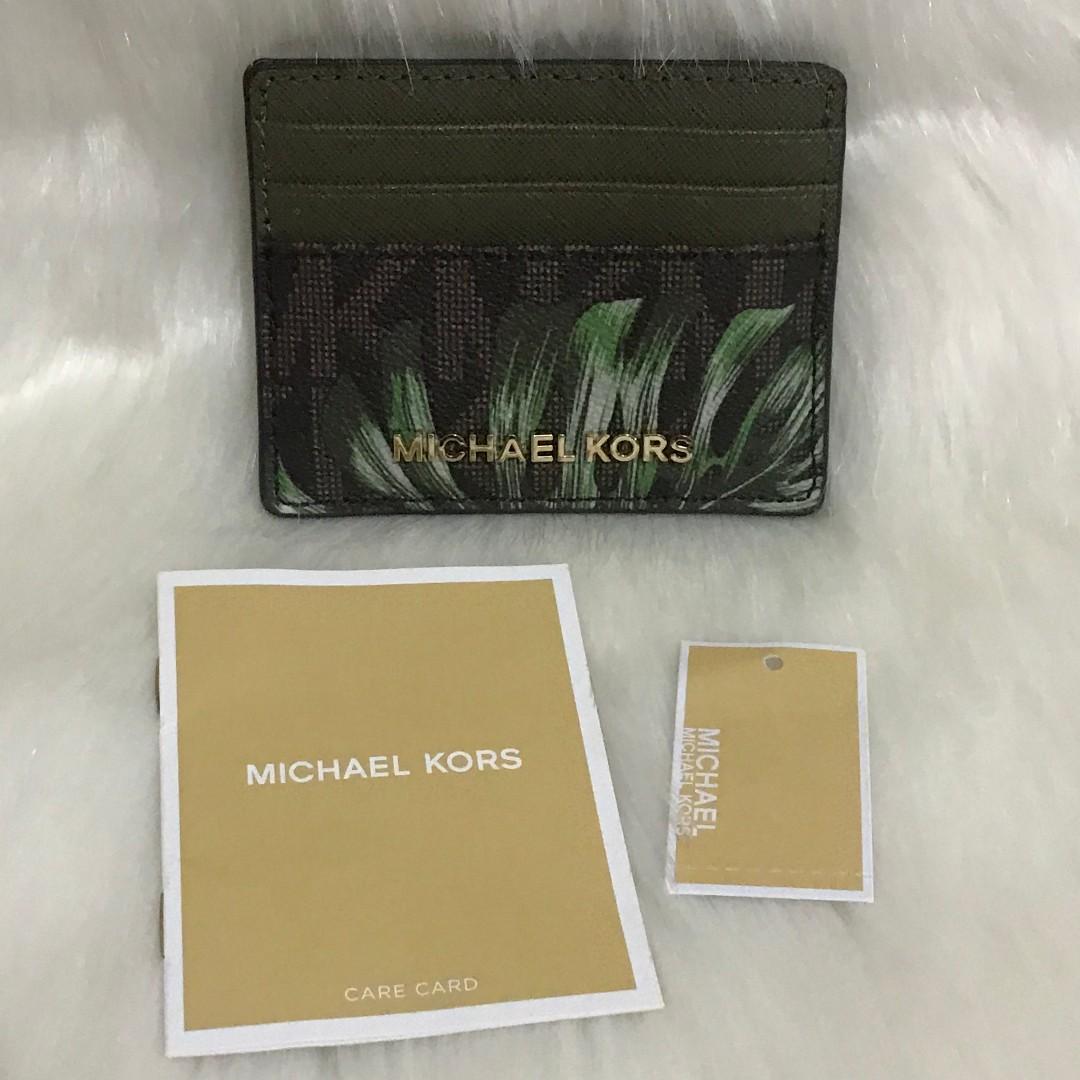 ca062daddb751 CLEARANCE SALE! MK Michael Kors Jet Set Travel Saffiano Leather Card ...