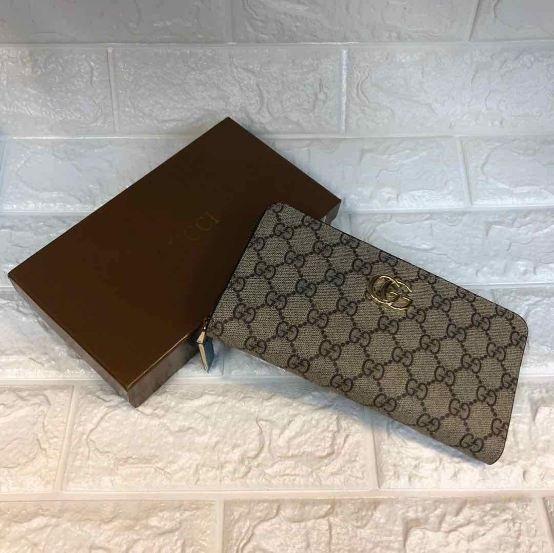 d8226f503d1 Gucci GG Supreme Zip Around Wallet Hong Kong Authentic FREE SHIPPING ...