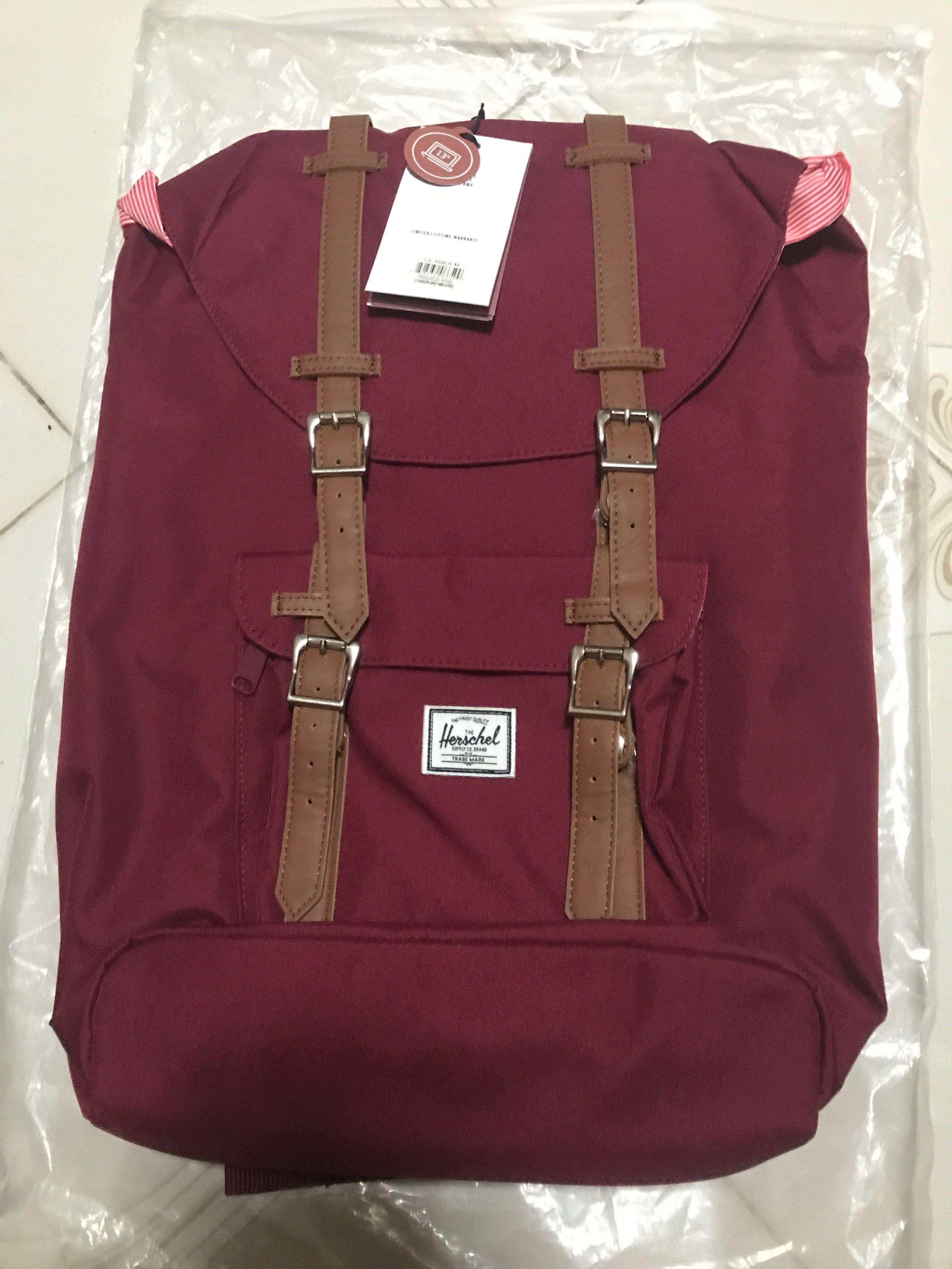 1ad227b8d4 Herschel Windsor Wine (deep red) Little America Mid-volume backpack ...