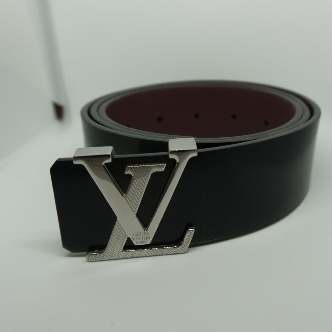 0bf87255422a Louis Vuitton Initials 40mm