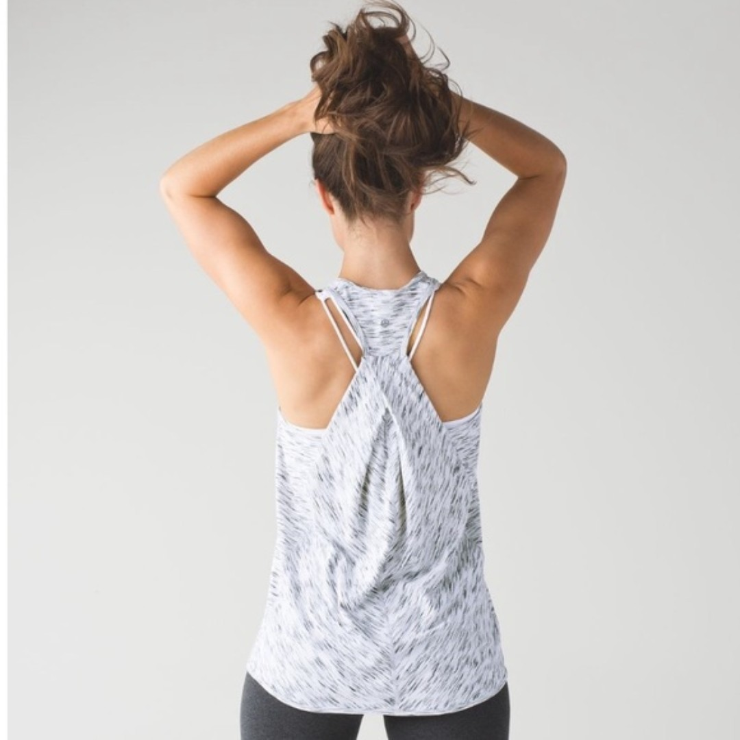 47e29b20ba950 Lululemon Essential Tank In Tiger Space Dye Black White (Sz 4 ...