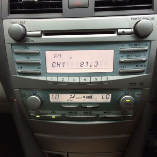 Toyota Camry Accessories >> Toyota Camry Oem Headunit Car Accessories On Carousell