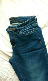 Joe Fresh size 24/25 jeans cotton material