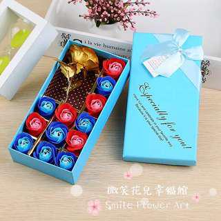🚚 《微笑花兒幸福館》24K黃金玫瑰+12朵香皂花禮盒(可加購銀手環)!七夕情人節禮物、母親節禮物、聖誕節跨年交換禮物