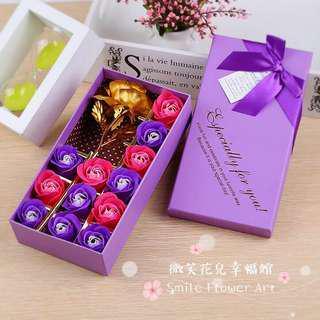 🚚 《微笑花兒幸福館》24K黃金箔玫瑰+12朵香皂花禮盒(可加購銀手環)!七夕情人節禮物、母親節禮物、聖誕節跨年交換禮物
