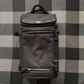 Chrome Industries Niko Sling Messenger Bag