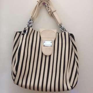 Black & White shoulder bag