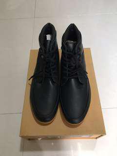 Sepatu Pria Clae