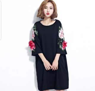 Dress 刺繡 中袖 棉質連衣裙