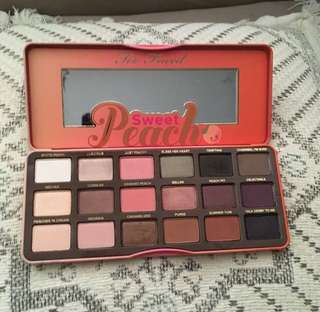 FREE POST sweet peach palette
