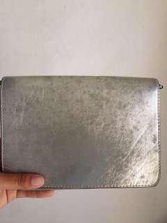 #PayDaySaleJuli H&M Silver Slingbag