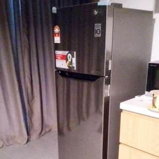 LG INVERTOR REFRIGERATOR              GN-B222SLCR  RM950 LIMITED TIME   SMART INVERTOR COMPRESSOR SAVES ELECTRICITY/ ENERGY BY 36%  VERY LIGHTLY USE ONLY. BOUGHT JUST 6 MONTHS AGO.   BRUSH METAL FINISH   5 STAR ENERGY CONSUMPTION RATING BY SURUHAN TENAGA