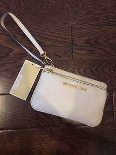 AUTHENTIC Micheal Kors Wristlet