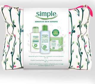 (Never opened) Simple skincare 3 piece mix gift bag (moisturizer+cleansing water+wipes)