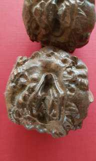 Wood craved lion