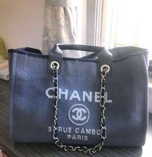 Chanel 帆布沙灘袋