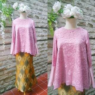 Kebaya pink + rok batik mermaid