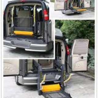 Hydraulic Wheelchair Lift Vehicle