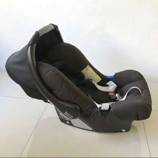Britax Romer Baby Carrier and Car Seat Infant to 13kg