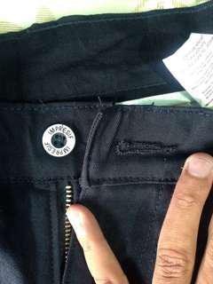 For sale celana pendek