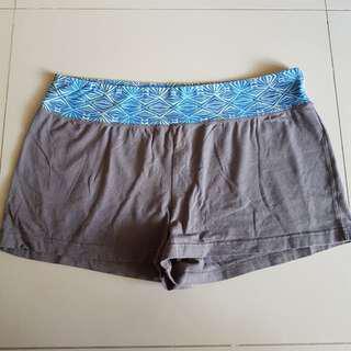38-42 Shorts