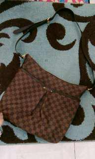 Preloved Tas LV Bloomsbury Authentic