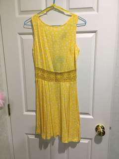 BNWT Yellow dress