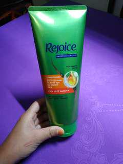 Rejoice Conditioner Rich Soft Smooth 320 ml