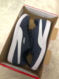 FREE POSTAGE Puma suede runners sneakers