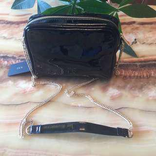 Forever21 Slingbag (BLACK)