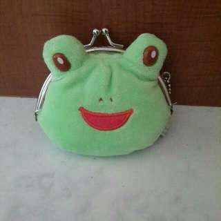 🚚 日本帶回青蛙錢包