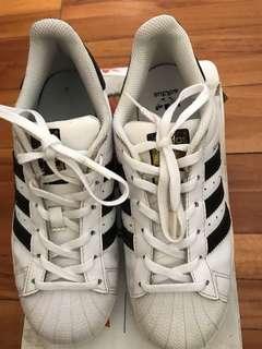Adidas superstar size 37.5 ori with box