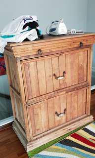 Free - Rustic shelf console