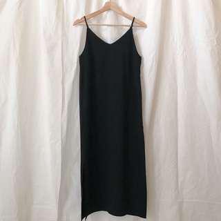 🚚 韓國 細肩麂皮開衩洋裝 黑色 現貨