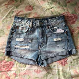 h&m high waisted denim shorts
